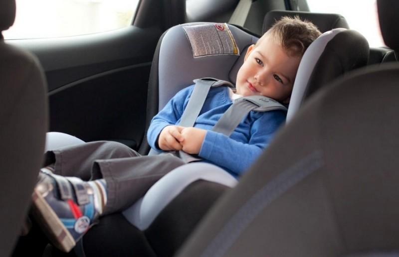 Akcija- Proverite da li pravilno vezujete decu u sedištima!