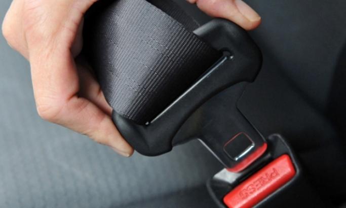 Pojačana kontrola vezivanja pojaseva na zadnjim sedištima u automobilima