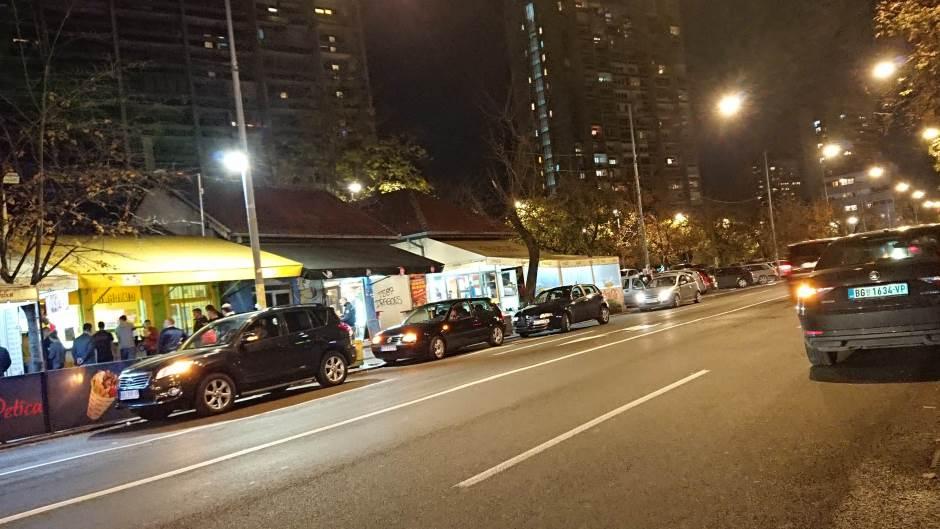 Komunalna milicija fotografiše bahato parkirana vozila i šalje kazne vozačima