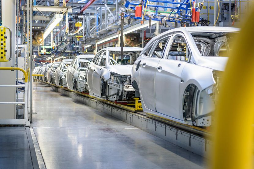 Automobilska industrija je povukla ručnu kočnicu