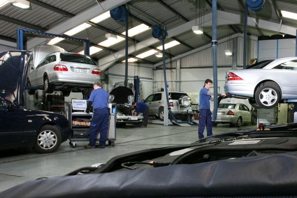 Redovno održavanje automobila – kada treba servisirati potrošne delove i menjati tečnosti